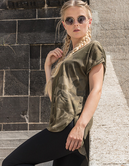 Ladies Camo  Tee Build Your Brand BY064